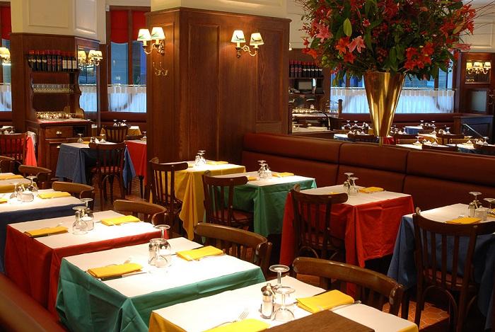 Le Relais de Venise Restaurants
