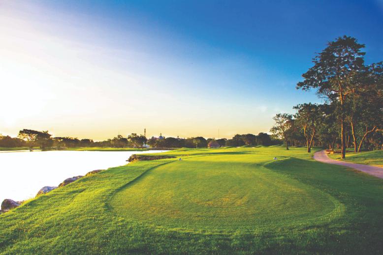 Hard Rock Hotel, Riviera Maya luxury lobby playing golf - Luxuriate Life Magazine by Mark Captain