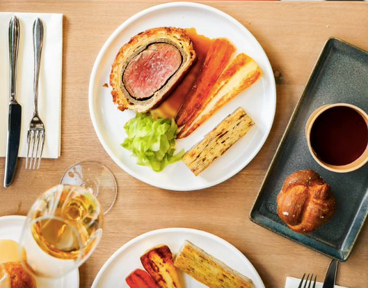 London Stock Restaurant luxury meal kit- Luxuriate Life Magazine by Mark Captain