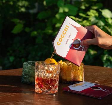 The Great Outdoors: Cocchi Negroni In A Box - by Mark Captain, Luxuriate Life Magazine, Luxury Magazine UK