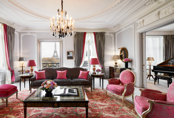 TV Hotels favourite suites: Emily in Paris & Sex and The City Haute Couture Suite, Hôtel Plaza Athénée - Luxuriate Life Magazine