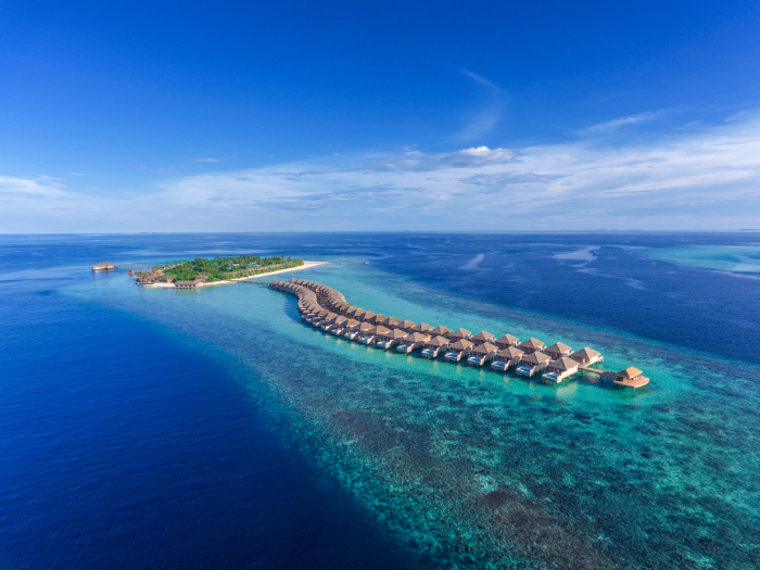 Hurawalhi Island luxury Maldives resort for adults - Luxuriate Life Magazine