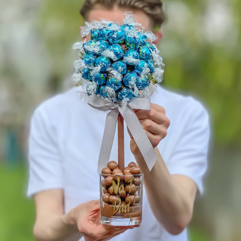 Guide to Father's Day 2021: Salted Caramel Lindt LindorⓇ Tree - Luxuriate Life Magazine